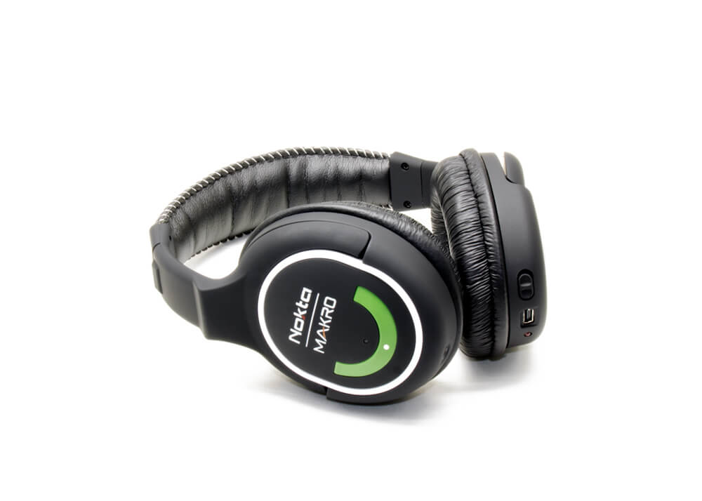 wireless-headphones-green-edition
